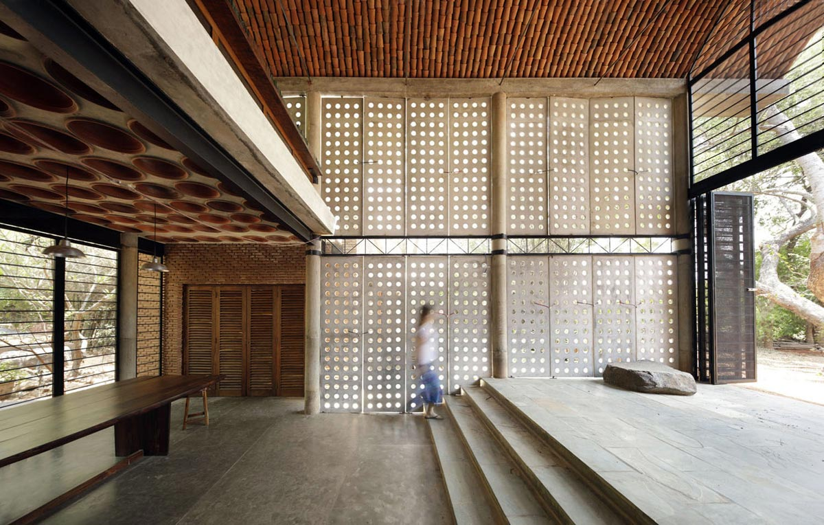 Wall House | Anupama Kundoo Architect