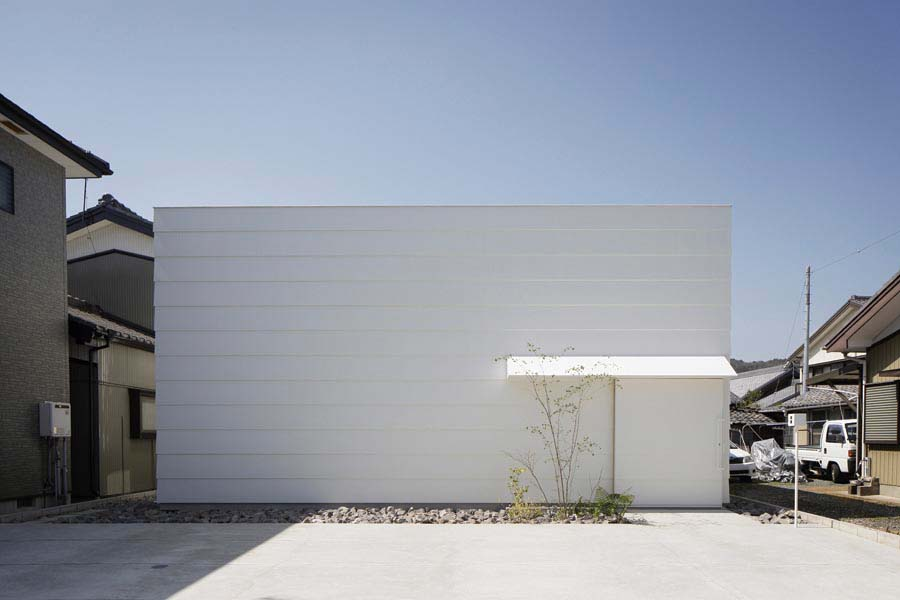 Light Walls House © mA-style architecture