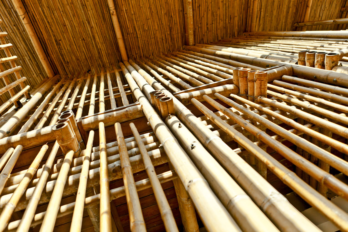 KKYC_bamboo-column_Montana-Rakz