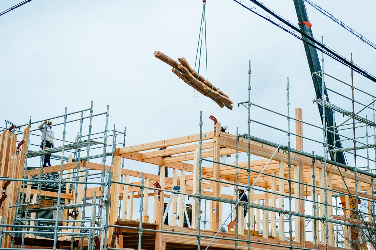 23_mad_clover-house_construction-photo_dan-honda